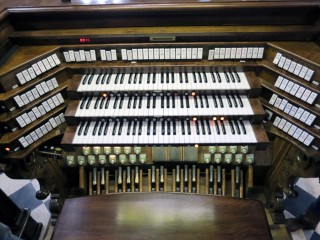 the 4000 pipes organ